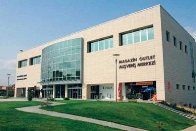 Ataevler Uğur Mumcu Kültür Merkezi