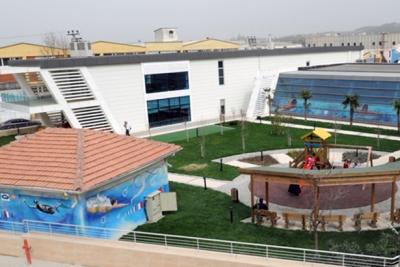 Nilüfer Belediyesi Çalı Kapalı Havuz Tesisleri